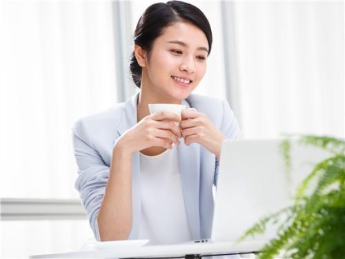 衢州人才网分享职场里能干活的人越干越忙,不干活的人则在一旁指