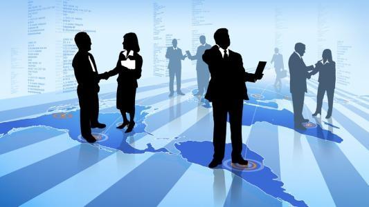 衢州人才网分享普通的职场人员和公务员在面对上级时的区别